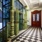 Innenansicht des Wohn- und Geschäftshauses Universitätsstraße 12 (Hosenträgerhaus) von Otto Wagner