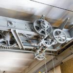Die erhaltene technische Konstruktion an der Decke des Schützenhauses von Otto Wagner