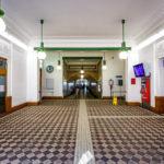 Aufnahmehalle der Station Ottakring (S45) von Otto Wagner