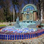 """Im Garten der Villa Wagner I schuf Ernst Fuchs das Brunnenhaus """"Nymphäum Omega"""", eine Quelle der Inspiration"""