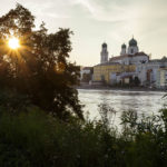 Der Dom St. Stephan in Passau während der letzten Sonnenstrahlen