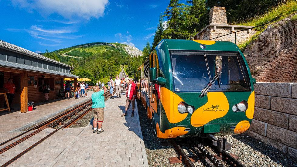Schneebergbahn in der Station Baumgartner