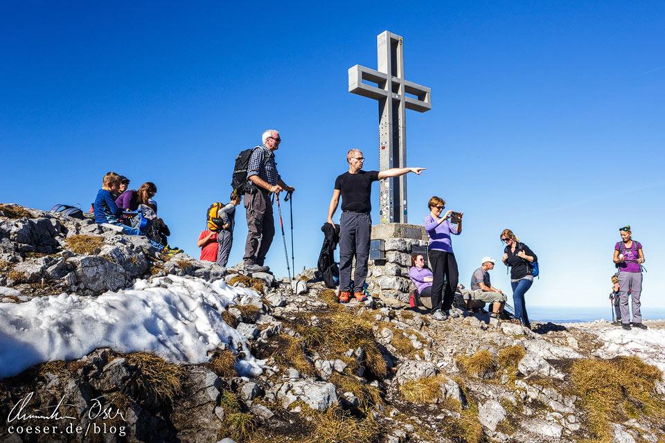 Gipfelkreuz Klosterwappen auf dem Schneeberg