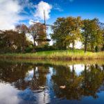 Spiegelung der Mühle De Molen van Piet