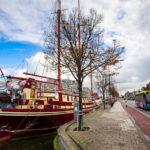 An der Kanalkade gibt es historische Schiffe zu entdecken