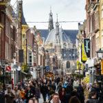 Die Shoppingmeile Langestraat in Alkmaar