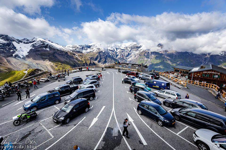 Parkplatz auf der Edelweißspitze auf der Großglockner Hochalpenstraße