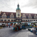 Wochenmarkt vor dem Alten Rathaus in Leipzig