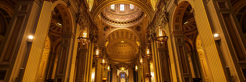 Innenansicht der Cathedral Basilica of Saint Peter and Paul in Philadelphia