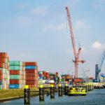 Teile des Rotterdamer Hafens, gesehen während einer Hafenrundfahrt
