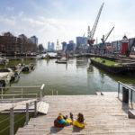 Der Leuvehaven mit alten Museumsschiffen in Rotterdam