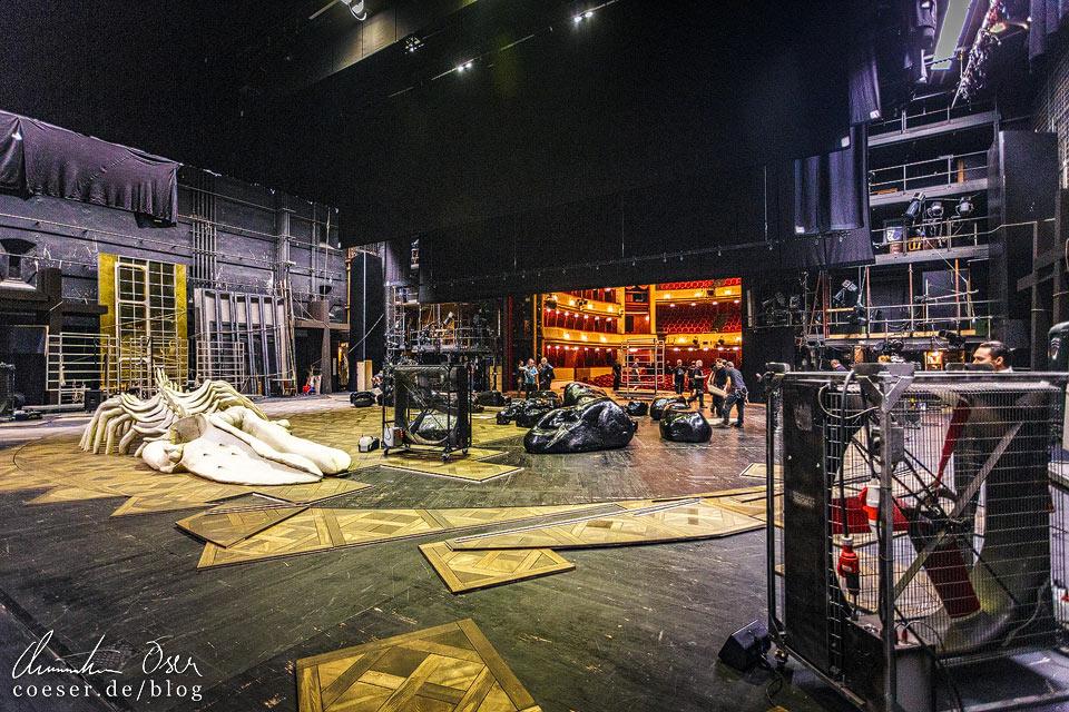 Bühne im Burgtheater in Wien