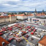 Blick vom Turm der Kreuzkirche auf den Altmarkt in Dresden