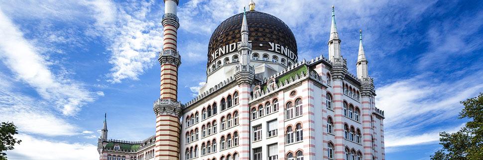Das ehemalige Fabrikgebäude der Zigarettenfabrik Yenidze in Dresden