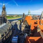 Ausblick vom Hausmannsturm im Residenzschloss auf die Hofkirche