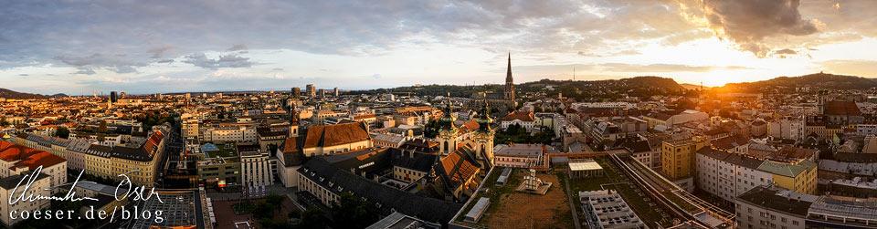 Panorama von Linz im Sonnenuntergang