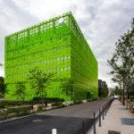 Moderne Architektur der Euronews-Zentrale im Stadtteil La Confluence von Lyon