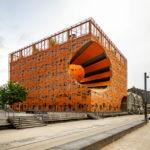 Moderne Architektur eines Consulting-Büros im Stadtteil La Confluence von Lyon