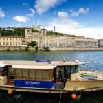 Innenstadt-Ablegestelle des Passagierschiffs zum Musée des Confluences in Lyon