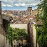 Blick auf die Altstadt Vieux-Lyon und die Kirche Cathédrale Saint-Jean-Baptiste