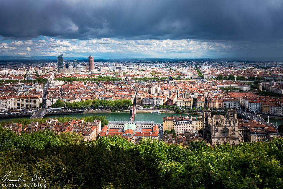 Blick von der Aussichtsplattform Notre-Dame de Fourvière in Lyon