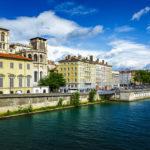 Blick vom Saône-Ufer auf die Altstadt Vieux-Lyon