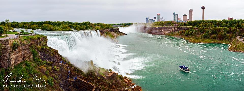 Panorama der Niagarafälle und Skyline von Niagara Falls