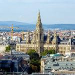 Ausblick vom Dachgeschoss des Ringturms auf das Wiener Rathaus während Open House Wien 2018