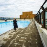 Swimmingpool auf dem Dach des Wohnparks Alterlaa während Open House Wien 2018