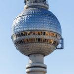 Ausblick auf den Fernsehturm von der Terrasse des Hotel Park Inn by Radisson
