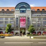 Außenansicht des Kaufhaus des Westens (KaDeWe) in Berlin