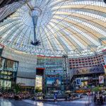 Panorama des Sony Centers auf dem Potsdamer Platz in Berlin