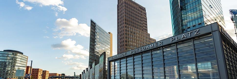 Hochhäuser auf dem Potsdamer Platz in Berlin
