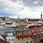 Ausblick von der Aussichtsterrasse vor dem Schlossmuseum in Linz