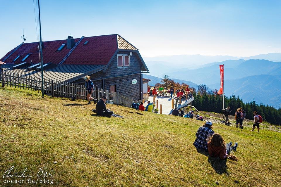 Traisnerhütte und Hinteralm auf dem Muckenkogel (Lilienfeld)