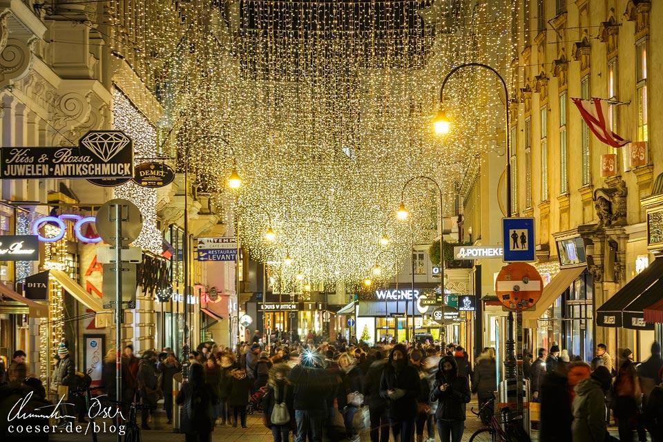 Weihnachtsbeleuchtung auf dem Kohlmarkt in Wien