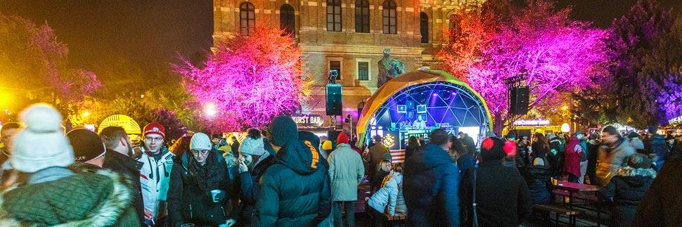 Beleuchteter Weihnachtsmarkt Fuliranje in Zagreb