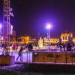 Der Eispark vor dem Hauptbahnhof im Ledeni Park von Zagreb