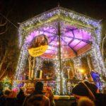 Weihnachtsstimmung auf dem Adventmarkt im Zrinjevac-Park in Zagreb