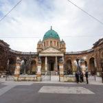 Außenansicht des Mirogoj-Friedhofs in Zagreb