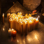 Kerzen in der Kapelle innerhalb des Steintors in Zagreb