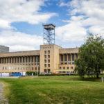 Außenansicht des Flughafen Tempelhof in Berlin
