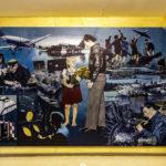 """Das Bild """"Luftbrücke"""" von Dick Kramer im Flughafen Tempelhof in Berlin"""