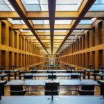 Bibliothek im Jacob-und-Wilhelm-Grimm-Zentrum in Berlin