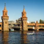 Detailansicht der Oberbaumbrücke in Berlin