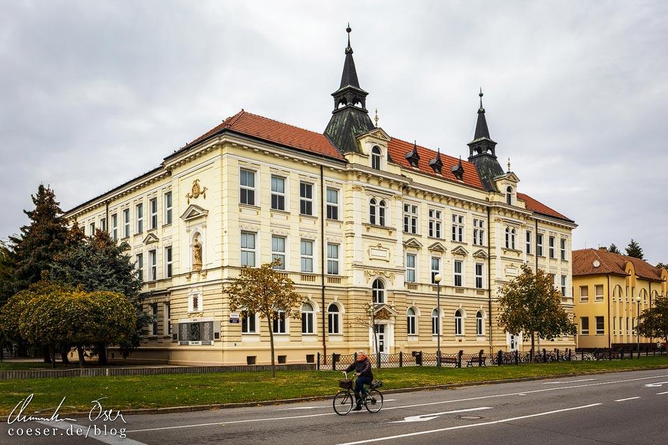 Grundschule in Břeclav (Lundenburg)