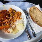 Das Essen im Restaurant Hiltl Sihlpost in Zürich wird nach Gewicht berechnet