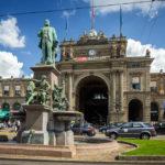 Alfred Escher-Denkmal vor dem Hauptbahnhof Zürich