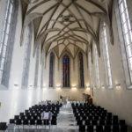 Innenansicht der Wasserkirche in Zürich