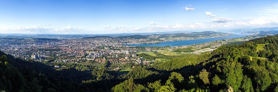 Blick vom Uetliberg auf Zürich und den Zürisee